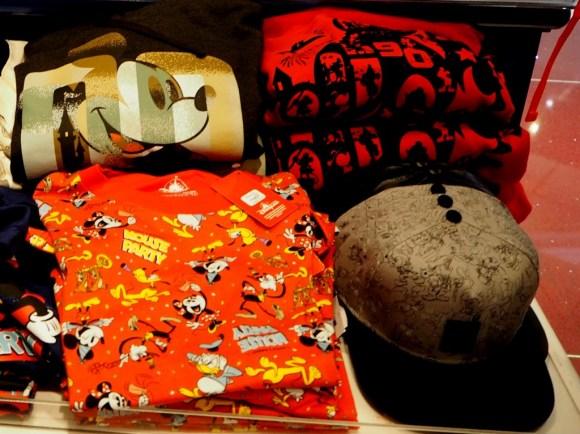 香港 ミッキー90周年 衣類