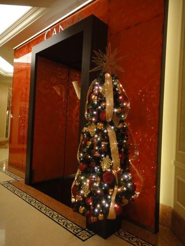 東京ディズニーランドホテル_クリスマスデコレーション_カンナ
