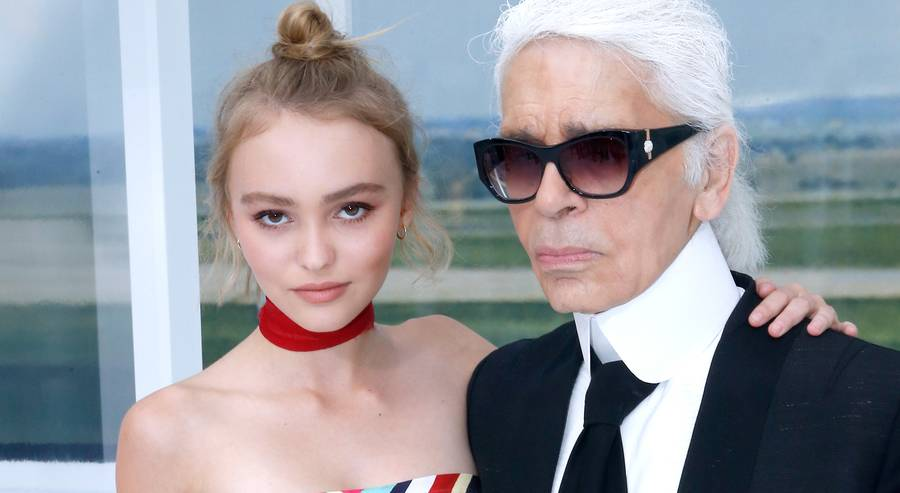 teen model Lily-Rose Depp, daughter of Johnny Depp, with Karl Lagerfeld [Image: Rindoff /Le Segretain / Getty Images]