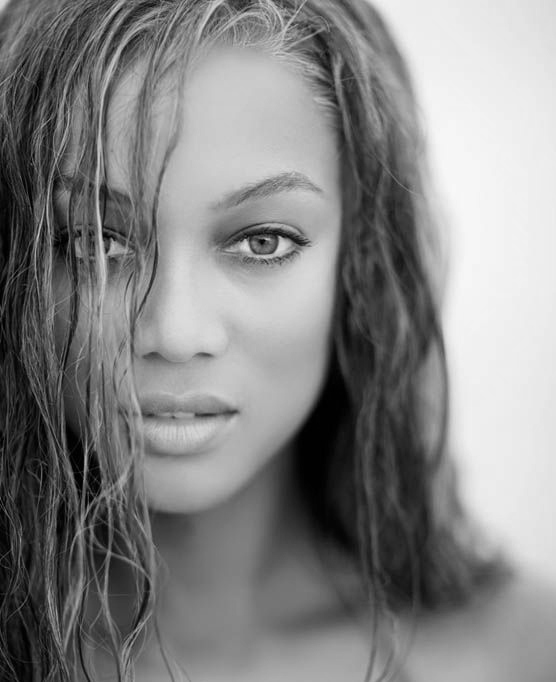 Tyra Banks [Image: Pinterest / Sports Illustrated]