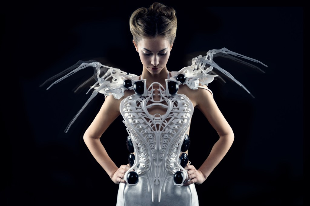 Anouk Wipprecht's Spider Dress [Image: Anouk Wipprecht]