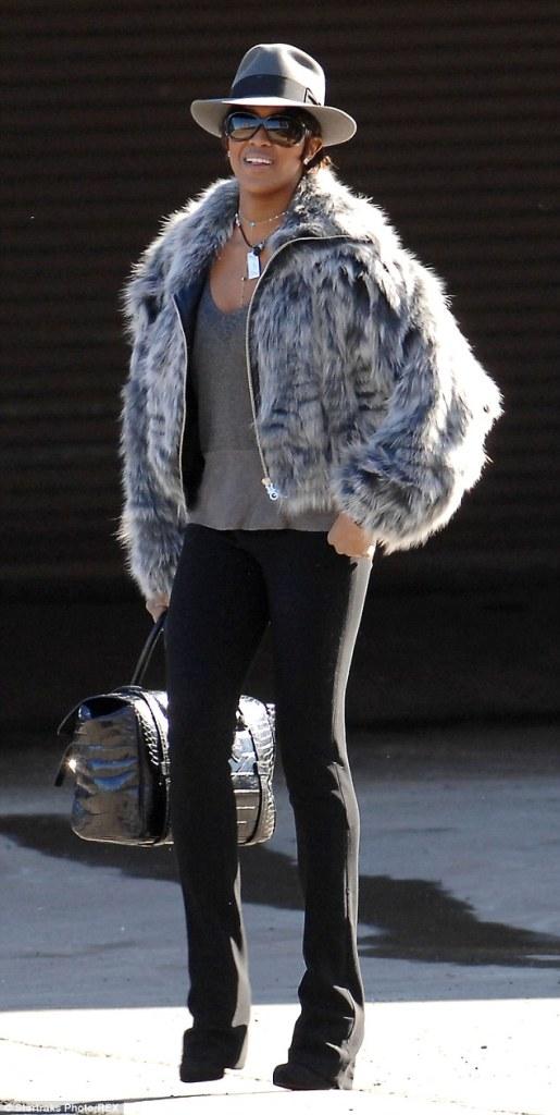 Naomi Campbell in a fur coat