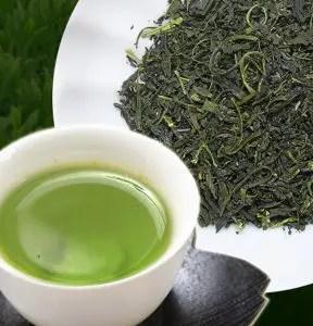 玉緑茶(別名 ぐり茶):曲がった形状をしている