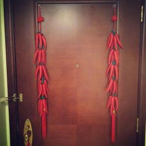 chili peppers, door, decor