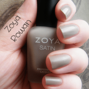 Zoya Rowan Naturel Satin Swatch