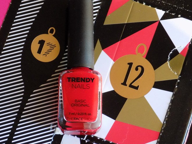 THEFACESHOP Advent Calendar Day 12 Trendy Nails RD302 Red Nail Polish