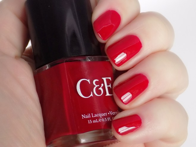 crabtree & evelyn c and e festive favourites holiday collection cranberry swatches