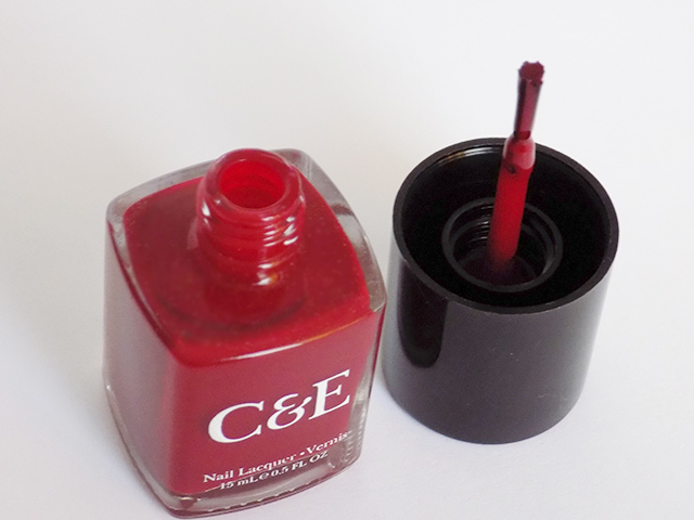 crabtree & evelyn c and e festive favourites nail polish brush