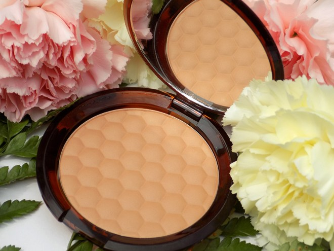 The Body Shop Honey Bronzer Review and Swatches