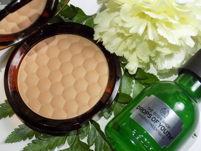 The Body Shop Summer Essentials Honey Bronzer and Drops of Youth