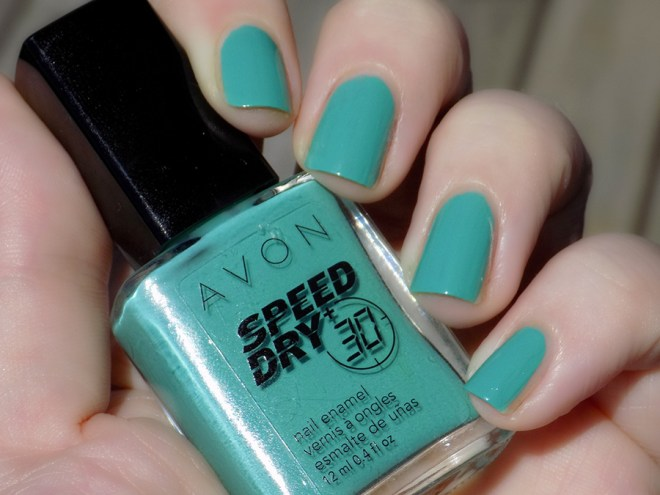 Avon Fall Trends - Speed Dry 30 Turquoise Pop Nail Polish - Swatch Shade