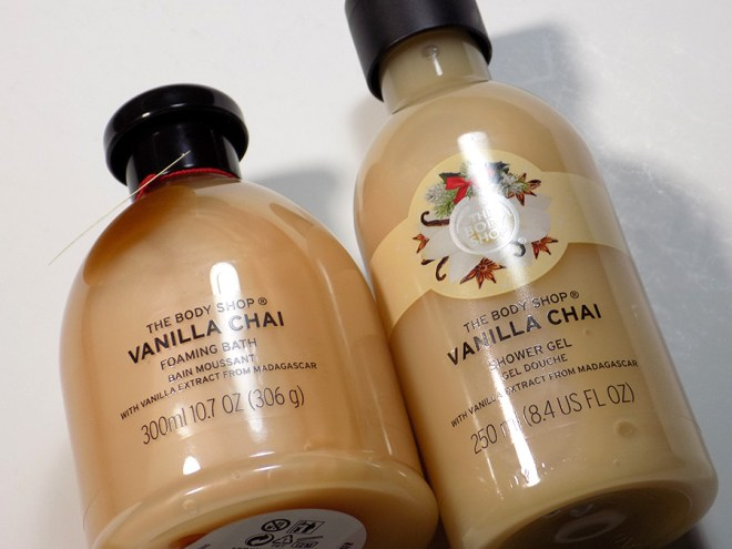 The Body Shop Vanilla Chai Shower Gel and Foaming Bath Holiday 2016 Review