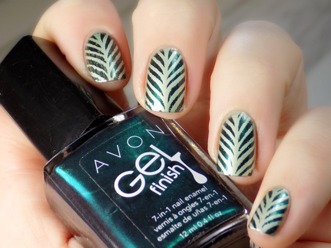 Born Pretty BP-L015 Stamping Plate Swatch - Avon Envy - MdU Forest