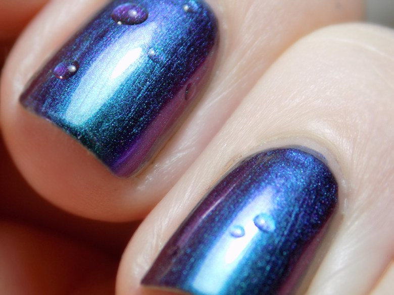 Paint it Pretty Polish Enchanted - Multichrome Shift Blue