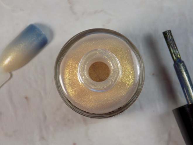 CANVAS Throwing Shade Bottle with Brush and Swatch