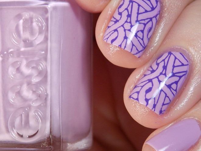Essie Baguette Me Not - Summer 2017 - Swatch Stamped MdU Fantasy - Creative Shop 59 Closeup