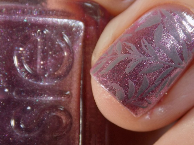 Essie Sil Vous Plait - Summer 2017 - Stamped with Born Pretty Grey BP19 leaf design closeup