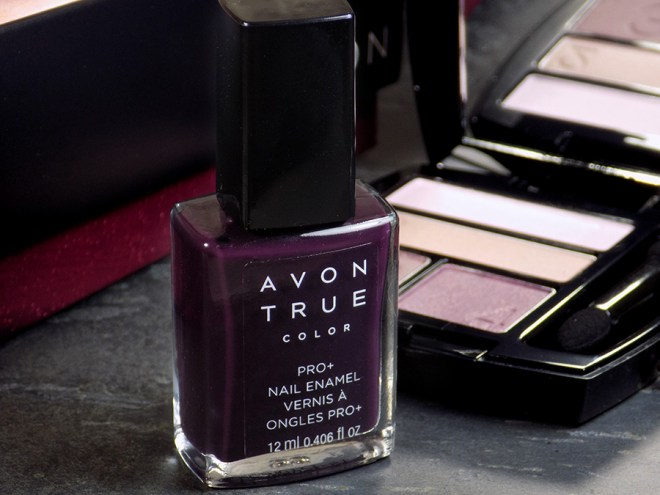 Avon Trends Divine Wine - Avon True Color + Midnight Plum