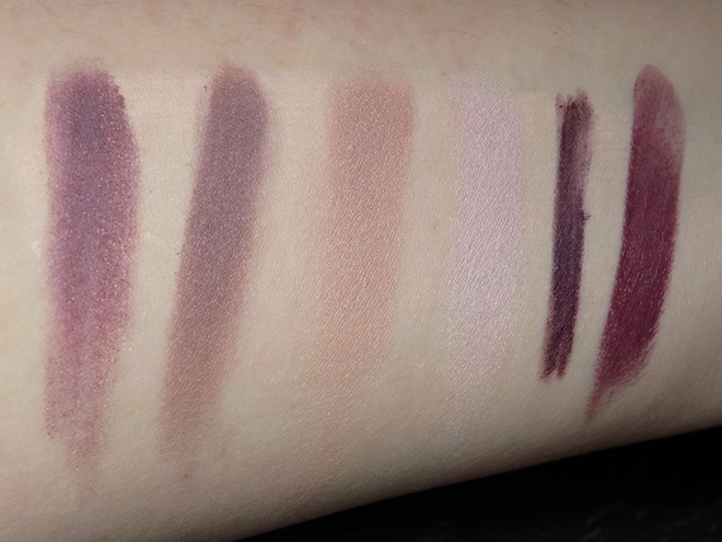 Avon Trends Divine Wine - Swatches