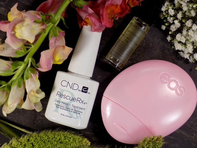 Growing Stronger Nails with Nature's Bounty Hair Skin and Nails - CND Rescue RXx and Cuter Cuticles - EOS Hand Cream