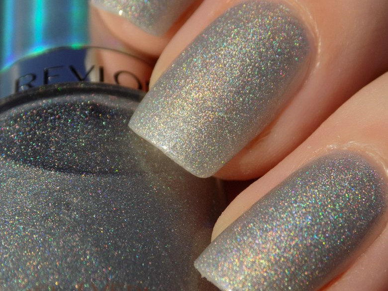 Revlon Hologasm Silver Holographic Polish Swatches Holochrome Collection 2017 - Closeup Swatch in Sunlight