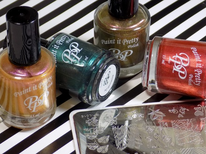 Leaves Smoosh Mani with Paint it Pretty Holiday Metallics Collection 3