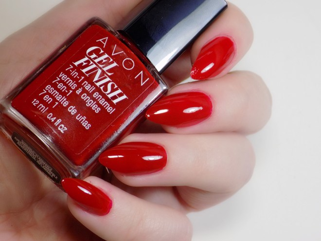Avon Gel Finish Roses are Red Swatches Reviews