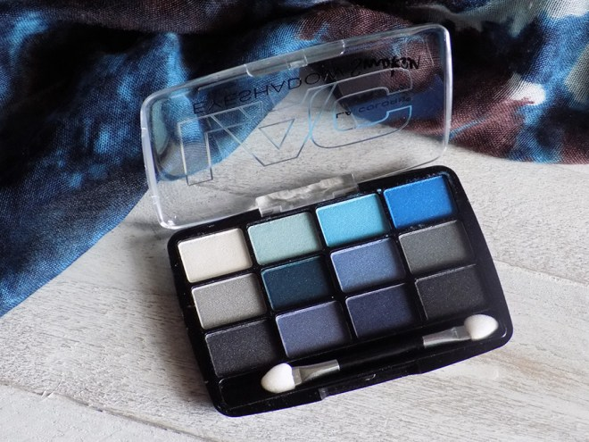 LA Colours Supernatural 12 Shadow Palette Review