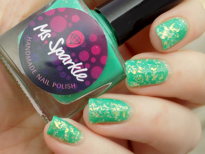 MsSparkle Gelato Por Favor topped with China Glaze Luxe and Lush
