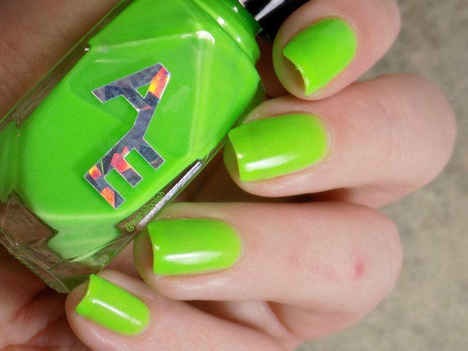 Alter Ego Alterween Glow in the Dark Nail Polish - Light 1