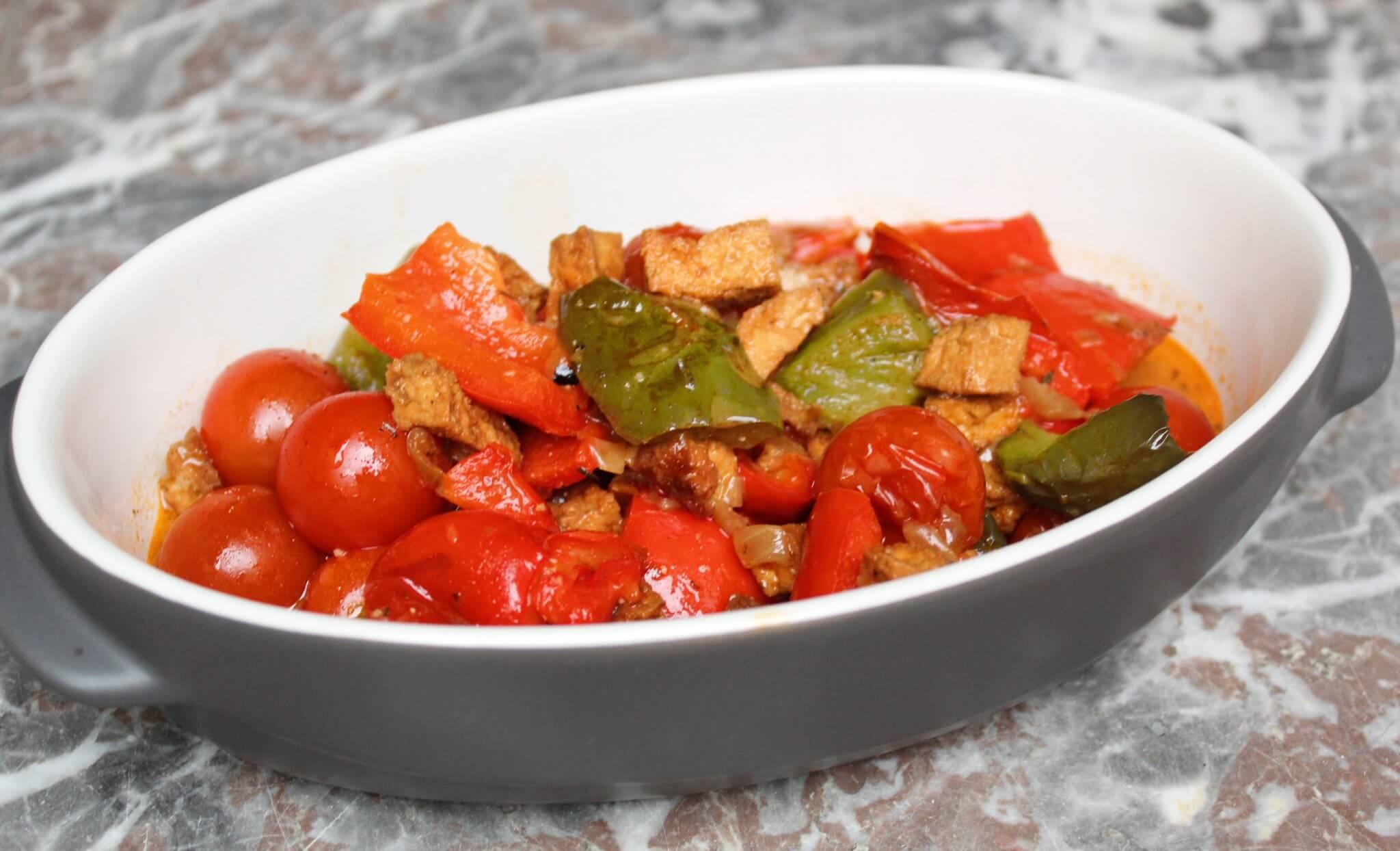 ovenschotel paprika met tomaat.jpg