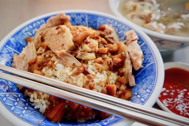 【台湾】高雄のランチはアヒルご飯で決まり!「鴨肉珍」