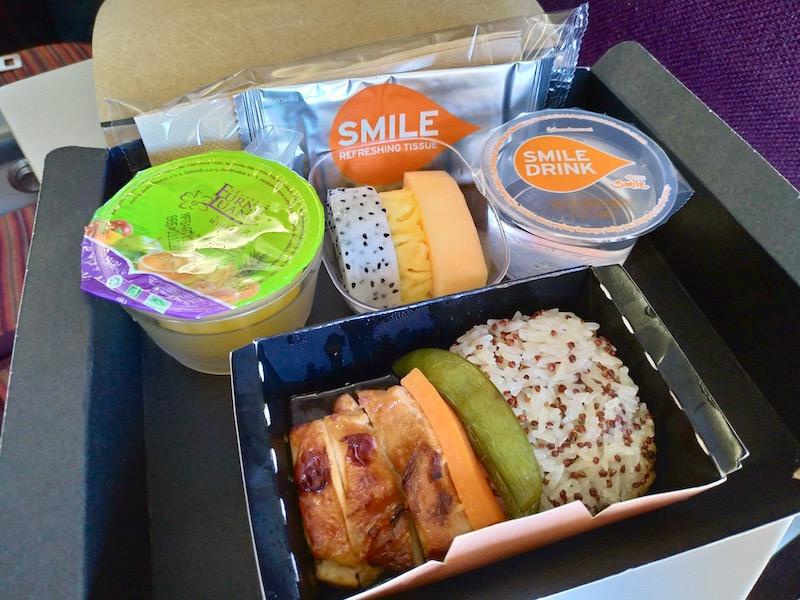 【タイ・スマイル航空機内食】WE527/BKK-VTE/バンコク(スワンナプーム)-ビエンチャン