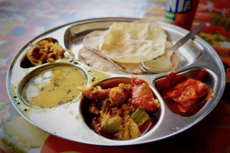 【インド】ハブロック島の食事は美味しいカレーとシーフード