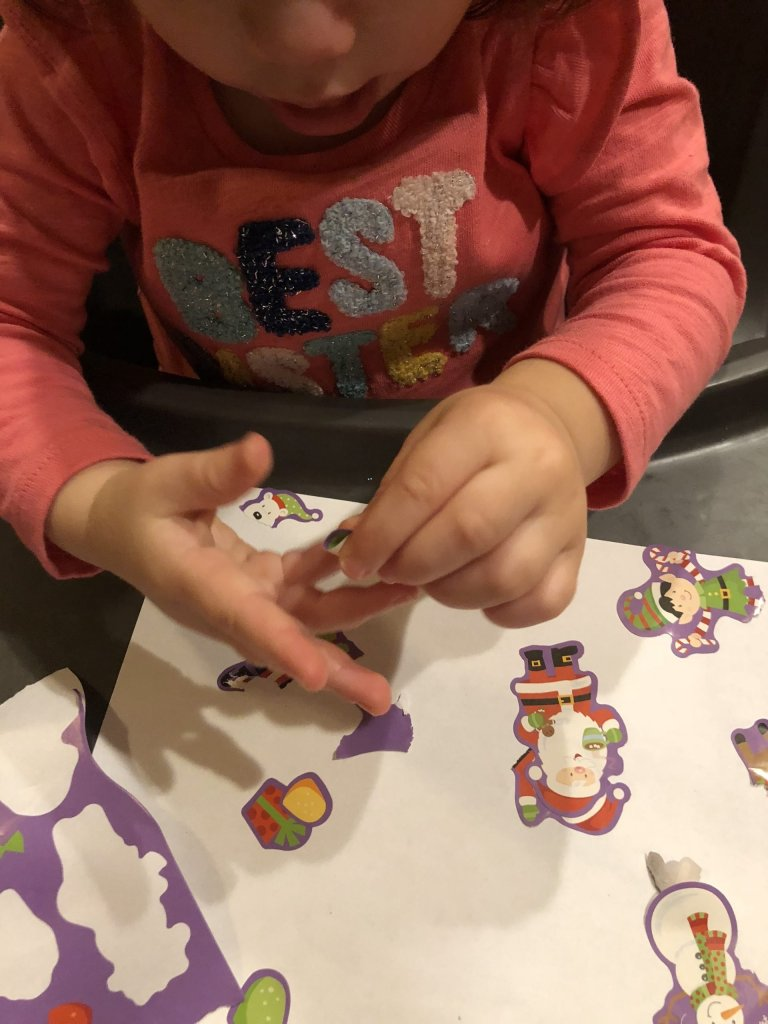 Looking for ways to practice your baby's pincer grasp? Try these 5 easy ways to help your infant reach this important milestone.