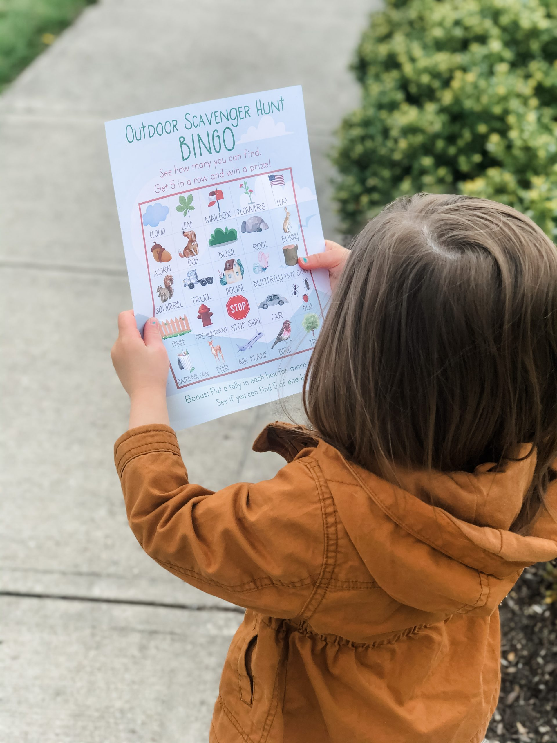 Use this free outdoor scavenger hunt activity for your toddler or preschooler to learn new vocabulary words, concepts, and language while outside on a walk.