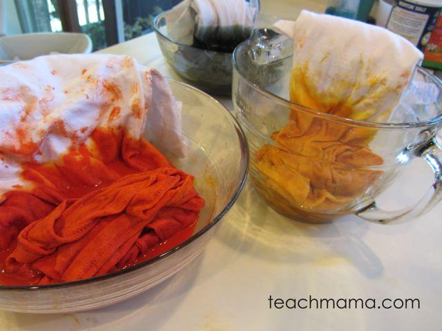halloween scarf -- preparing dye