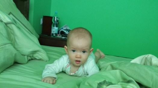 Leżenie na brzuchu wspomaga rozwój dziecka