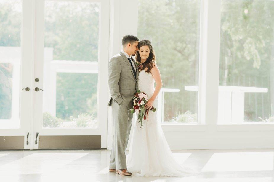 Bride Groom photo ideas
