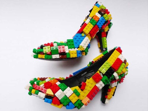 Lego-Shoes-by-nbsp-artist-Finn-Stone
