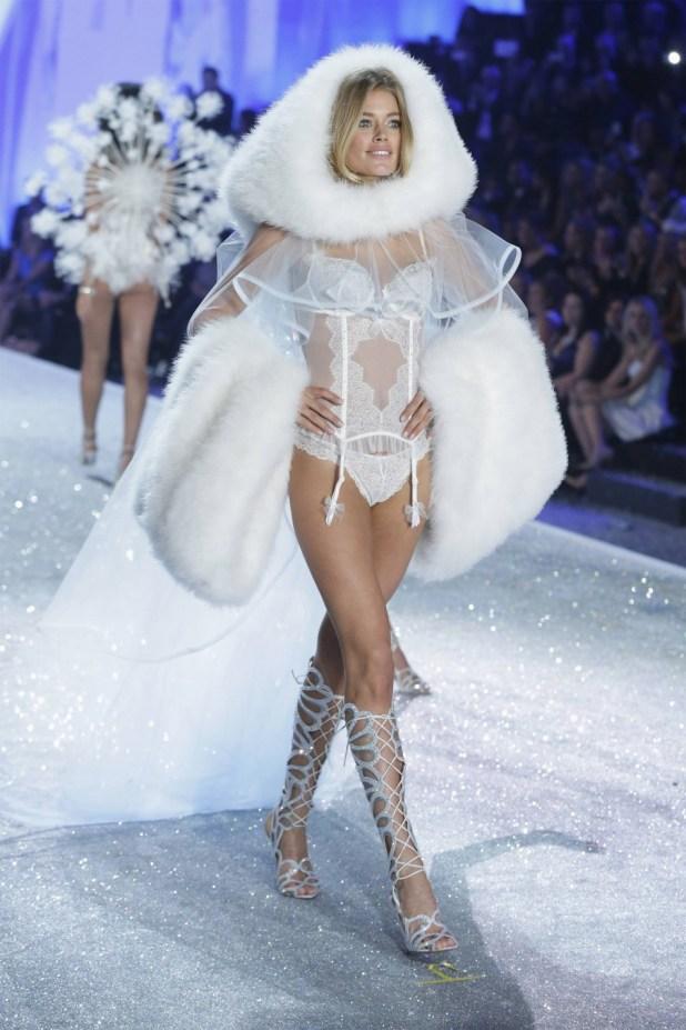 428861-victorias-secret-fashion-show-2013
