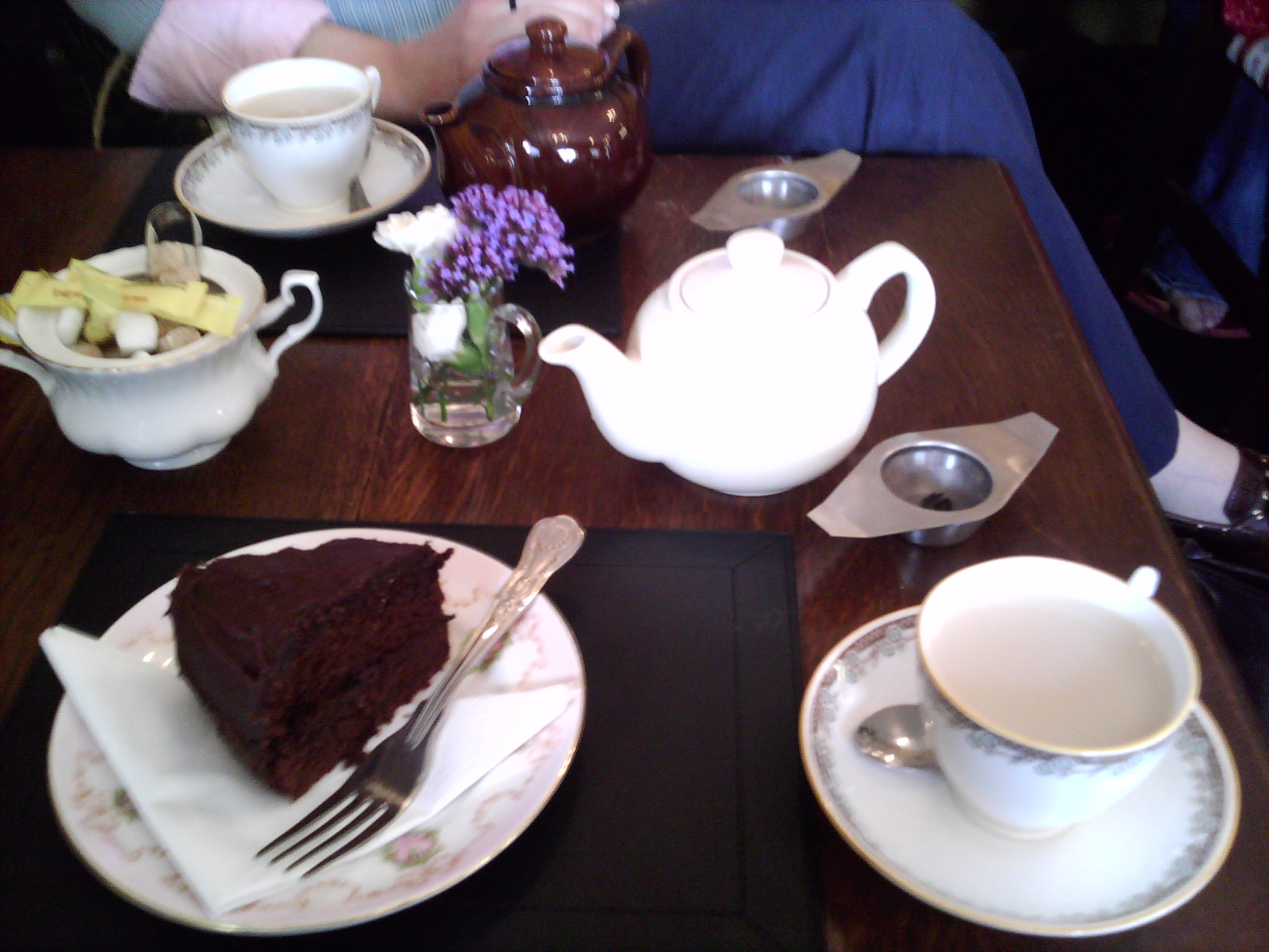Perfect tea at The teashop by the canal