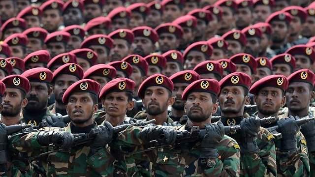 The Right Balance: Negotiating Buddhist Power in Sri Lanka