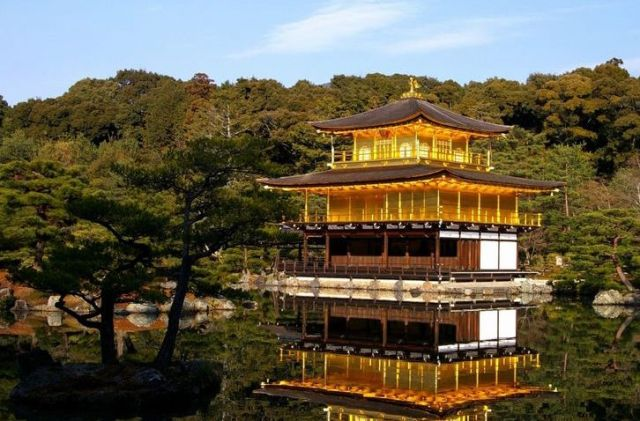 Kyoto's Incredible Treasures: Roaming from Buddhist Temples to Shinto Shrines