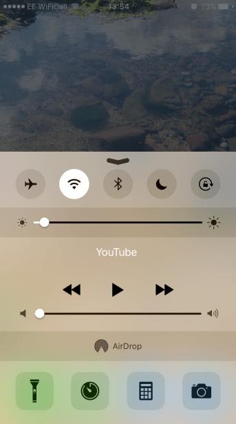 iphone turn down screen brightness