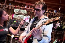 Studio Tour – Steve Vai's Harmony Hut (studio and rig tour)