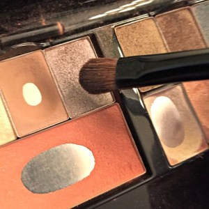 Makeup Tutorial - Midtone Eye Color www.tealinspiration.com