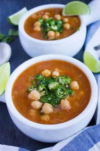 quick dinner ideas, Soothing-Garlic-Chickpea-Soup-2