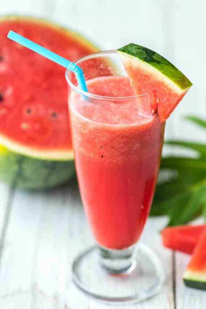 watermelon strawberry smoothie, a perfect and refreshing smoothie for a hot summer day