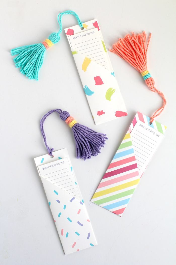 "DIY Bookmark template | Bookmark with a ""book list pocket"" 